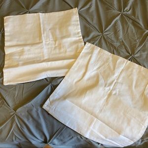 NWOT White Pillow COVERS 18x18